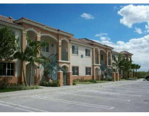 Venetia Gardens South Condo Two - Homestead, FL