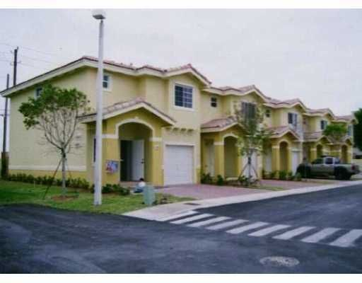 Cedars Woods Homes - Homestead, FL
