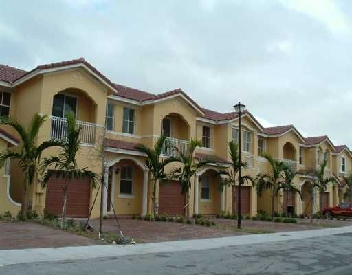 Grand Lakes Phase I - Miami Lakes, FL
