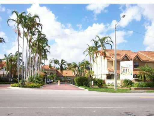 La Hacienda Country Club of Miami Condo - Miami, FL
