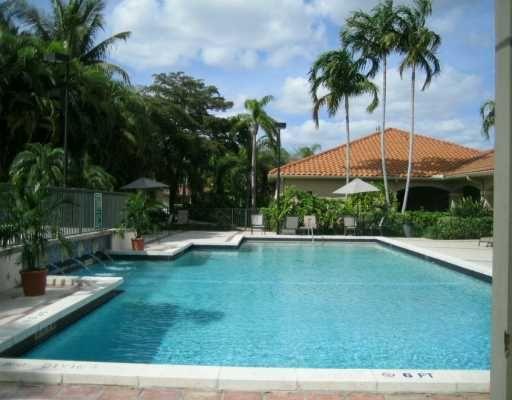 Condoreports Com La Hacienda Country Club Of Miami Condo