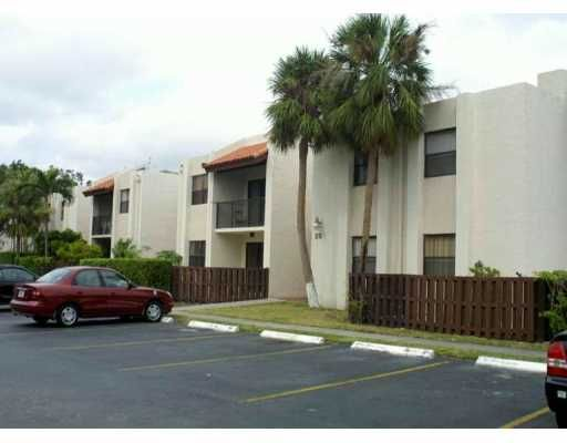 Park Lake Village Condo PH 1 thru 8 - Miami, FL
