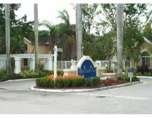 Condoreports Com Royal Palm Place At The Hammocks Condo