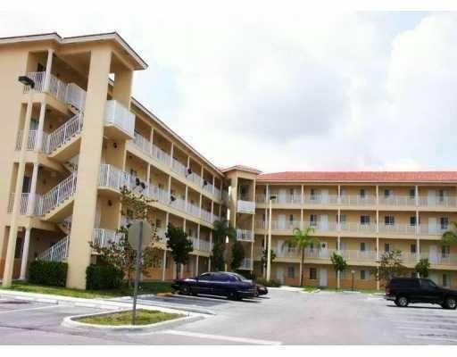Villas Of Miami Lakes For Sale