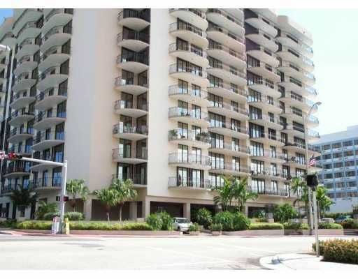 Champlain Towers North Condo - Surfside, FL