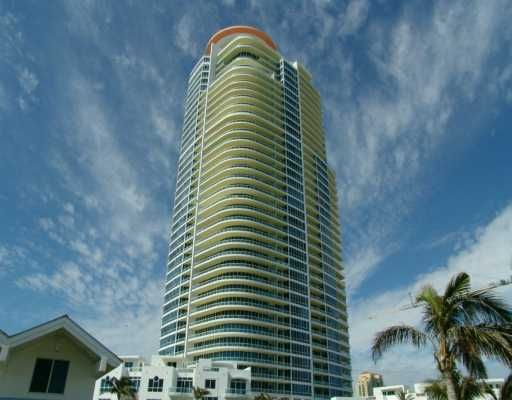 Continuum on South Beach - Miami Beach, FL