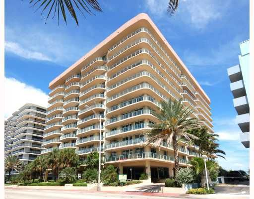 Champlain Towers East Condo - Surfside, FL