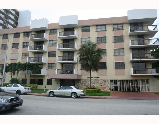 West Bay Gdns Condo - Miami Beach, FL