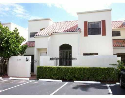 Costain Villas & THS Harbor Village Condo - Miami, FL