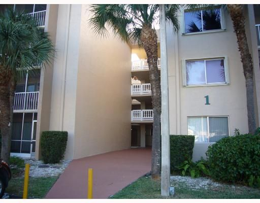 Country Lane Condo I - Miami, FL