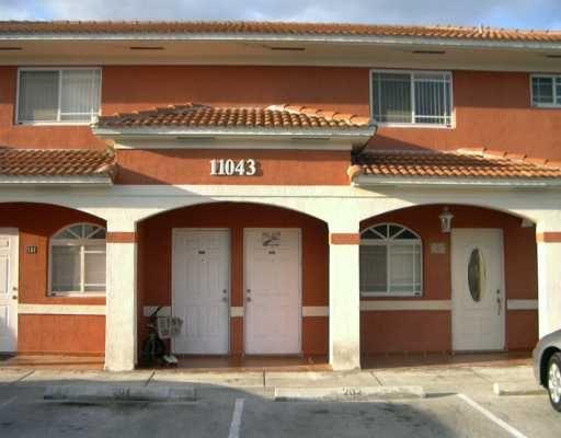 Garden Villas Condo Ii Hialeah Fl Miami Condos Miami Condominiums