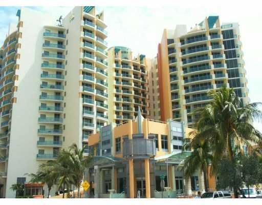 Il Villaggio on South Beach Condo - Miami Beach, FL