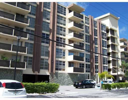 Guildford House Condo - Bay Harbor Islands, FL