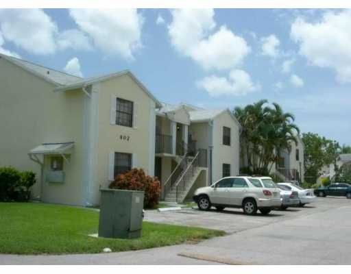 Lakeshore Condo 4 - Homestead, FL