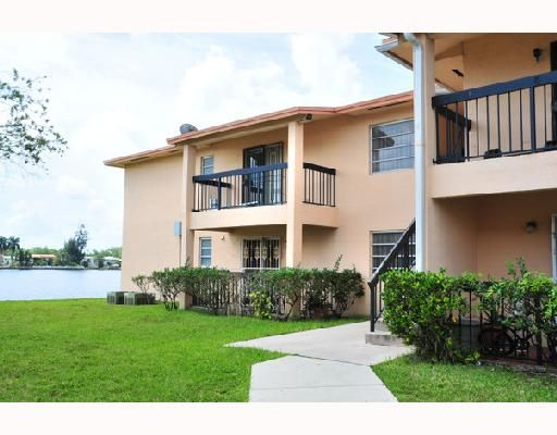 Lakeview Estates Condo PH I - Miami, FL