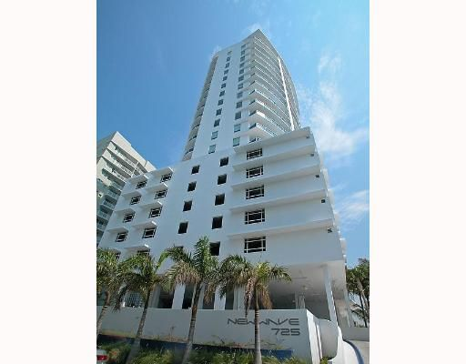 New Wave Condo - Miami, FL