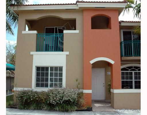 Park Place at Kings Meadow Condo - Miami, FL