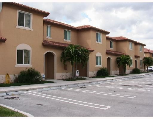 South Pointe Cove Condo - Homestead, FL