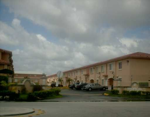 Tropical Court Villas Condo No1 - Hialeah, FL