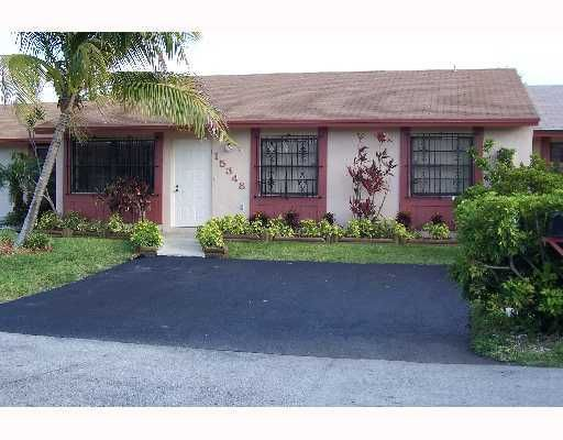 Westwind Lakes Townhouses Sec 2 - Miami, FL