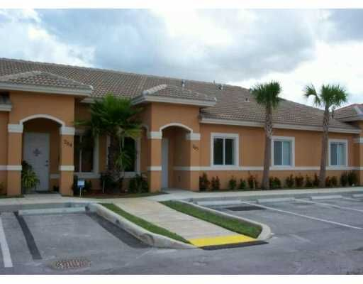 Old Biscayne Villas Condo - Homestead, FL