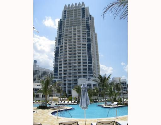 Continuum II on South Beach Condo - Miami Beach, FL