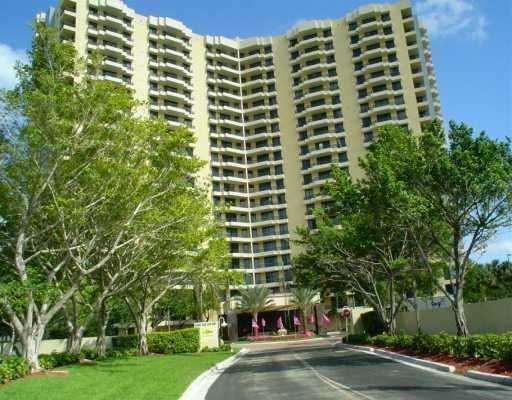 Parc Central Aventura South Condo - Miami, FL