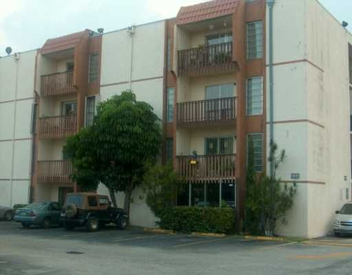 Sunset Villas Ph 2 Condo - Miami, FL