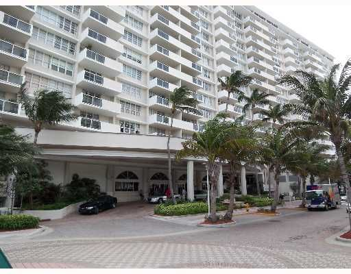 The Decoplage Condo - Miami, FL