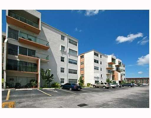 Towers of Westland Condo - Hialeah, FL
